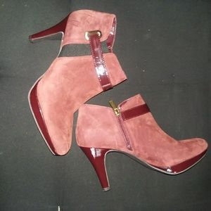 Shoes - Cute booties